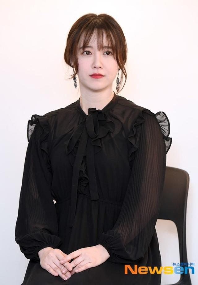 Goo Hye Sun được fan ủng hộ khi tiết lộ sự thật về chồng trẻ - 3