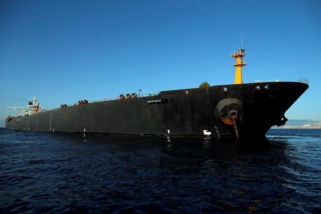 Iran cảnh báo Mỹ hậu quả nghiêm trọng nếu bắt tàu dầu vừa được Anh thả - 1