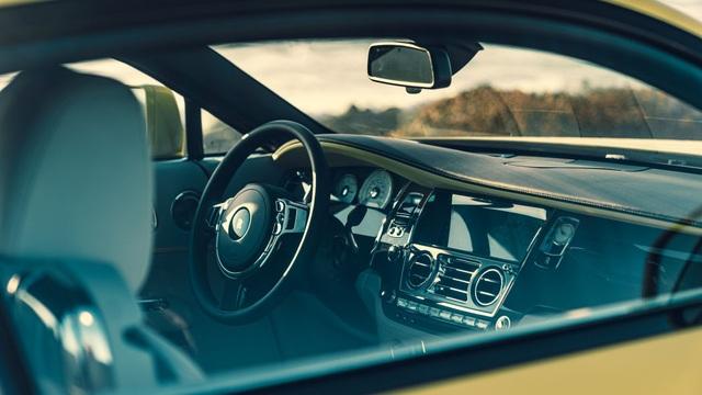 Chiêm ngưỡng trọn bộ sưu tập Rolls-Royce hương sắc mùa hè - 6