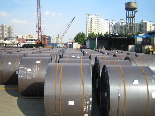 Hàng hóa, nguyên liệu Trung Quốc sang Việt Nam bất ngờ tăng cao - 1