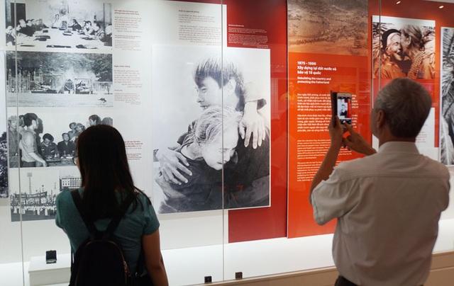 Hành trình vươn tới những ước mơ – 50 năm thực hiện Di chúc của Bác Hồ - 7