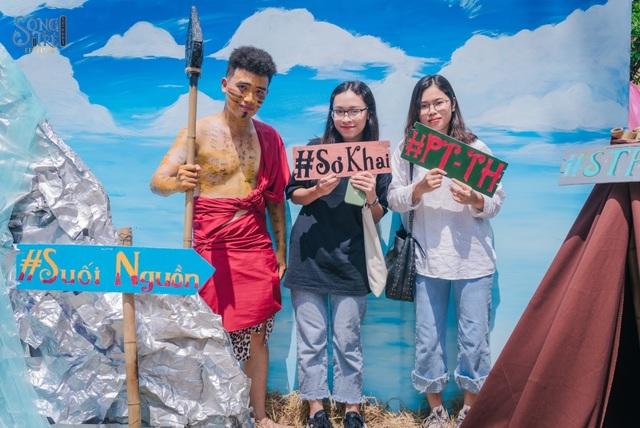 Độc đáo cách tiếp tân sinh viên 2019 của Học viện Báo chí  Tuyên truyền - 2