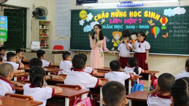 Sáng nay, 1,4 triệu học sinh TPHCM chính thức tựu trường - 5
