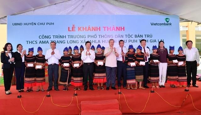 Vietcombank tài trợ 4,2 tỷ đồng xây Nhà ở bán trú và Nhà ăn cho Trường PTDT nội trú A ma Trang Lơng tại tỉnh Gia Lai - 6