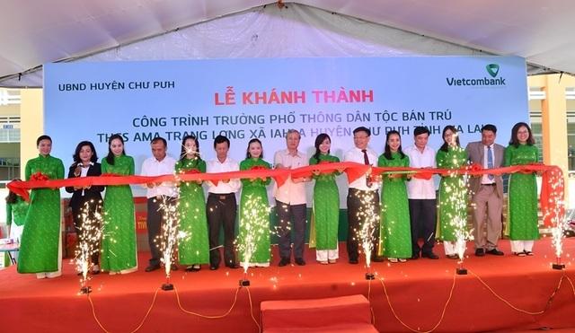Vietcombank tài trợ 4,2 tỷ đồng xây Nhà ở bán trú và Nhà ăn cho Trường PTDT nội trú A ma Trang Lơng tại tỉnh Gia Lai - 1