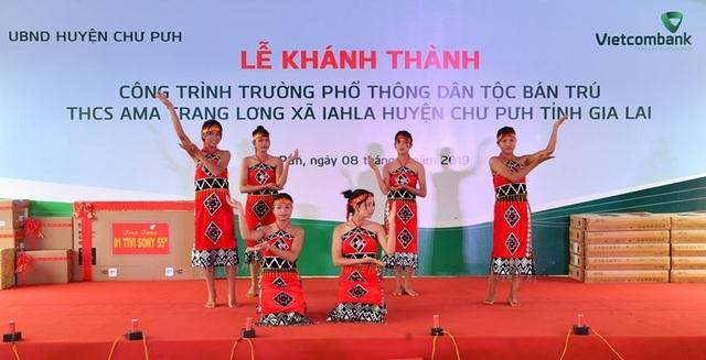 Vietcombank tài trợ 4,2 tỷ đồng xây Nhà ở bán trú và Nhà ăn cho Trường PTDT nội trú A ma Trang Lơng tại tỉnh Gia Lai - 8