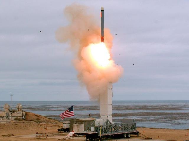 """Mỹ thử tên lửa sau INF - """"Phát súng khởi đầu"""" cho cuộc chạy đua vũ trang - 1"""