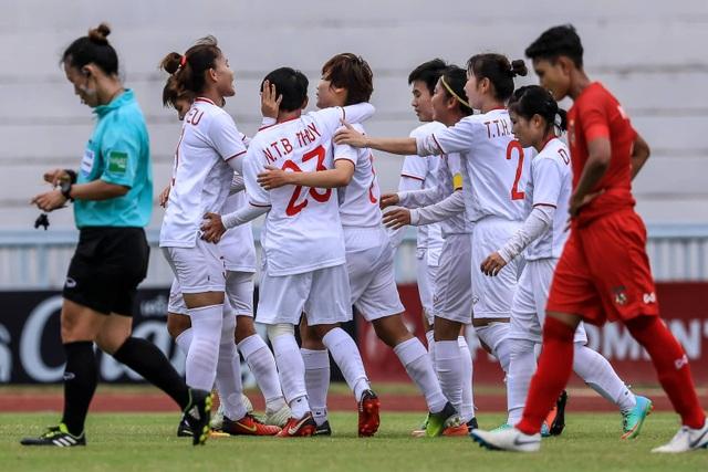 Đánh bại Myanmar, đội tuyển nữ Việt Nam toàn thắng ở vòng bảng giải Đông Nam Á - 4