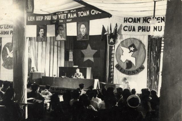 """Triển lãm """"50 năm thực hiện Di chúc Chủ tịch Hồ Chí Minh"""" - 2"""