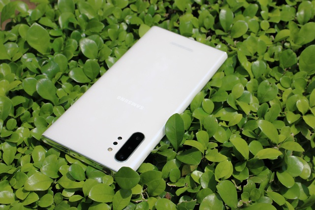 Đập hộp Galaxy Note10+ chính hãng sắp lên kệ thị trường Việt - 3