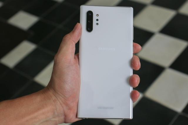 Đập hộp Galaxy Note10+ chính hãng sắp lên kệ thị trường Việt - 4