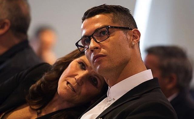 """Vụ kiện hiếp dâm của C.Ronaldo tiếp tục có biến """"căng"""" - 1"""