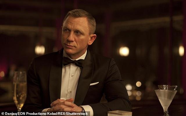 """James Bond, """"Không thời gian chết"""", và những điều ít biết - 1"""