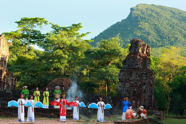 Kỷ niệm 20 năm Hội An và Mỹ Sơn là Di sản văn hóa thế giới