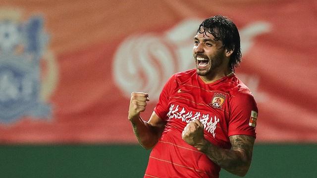 Quyết dự World Cup, Trung Quốc nhập tịch 5 cầu thủ Brazil - 2