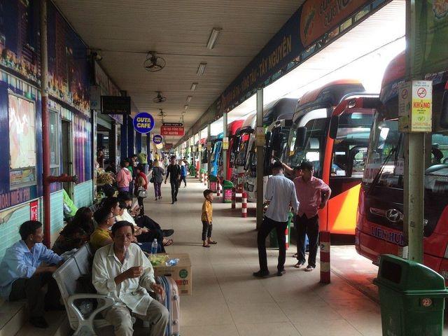 TPHCM: Điệp khúc tăng giá vé xe 40% dịp lễ Quốc khánh - 1