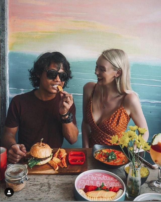 """Cặp đôi đũa lệch gây """"bão""""một thời ở Indonesia trở lại với loạt khoảnh khắc ngọt ngào! - 8"""