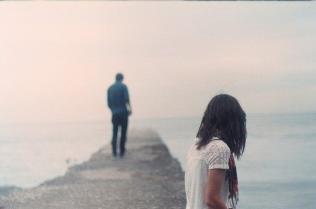 """Cách để """"nối lại tình xưa"""" với người yêu cũ - 1"""