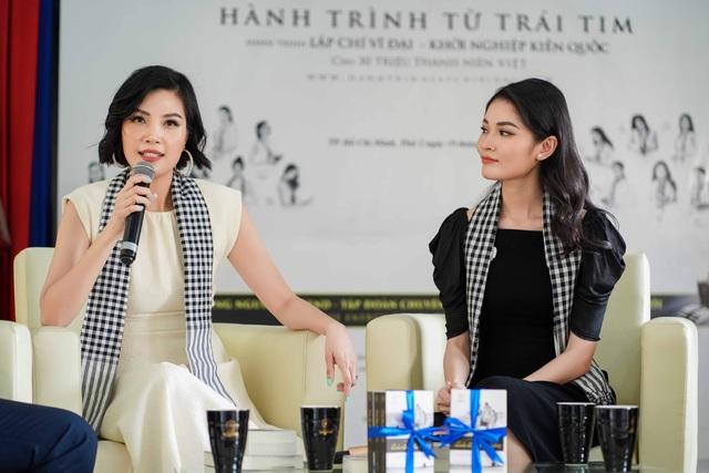 Hơn 13 tuổi, Vũ Cẩm Nhung trẻ đẹp không kém Á hậu Thùy Dung - 5