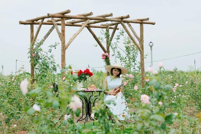 Nữ giám đốc đam mê hoa hồng, sở hữu trang trại hoa hồng đẹp như cổ tích hơn 30.000m2 - 5