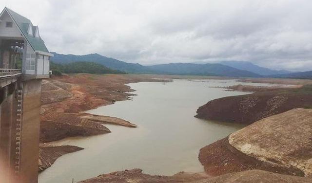 Nắng hạn kéo dài, thủy điện Quảng Trị tạm ngừng phát điện - 1