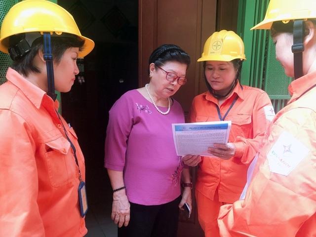 EVN HANOI đẩy mạnh tuyên truyền an toàn điện mùa mưa bão - 2