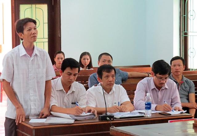 """Quảng Bình:Huỷ quyết định """"buộc thôi việc"""" cho một viên chức bị kỷ luật vì đánh bạc - 1"""