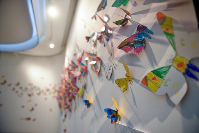 Tác phẩm mỹ thuật khổng lồ với 1300 cánh bướm giấy xuất hiện ở Hà Nội - 9