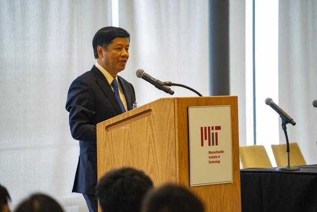 Vòng tay nước Mỹ 7: Sự kiện gắn kết cộng đồng người Việt tại Mỹ - 3