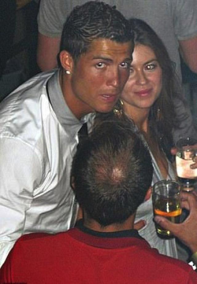 """C.Ronaldo """"tự hào"""" khi được rửa sạch tội danh hiếp dâm - 1"""