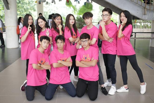 Top 10 Đại sứ trường Ams cùng nhảy flashmob đón tân binh - 4