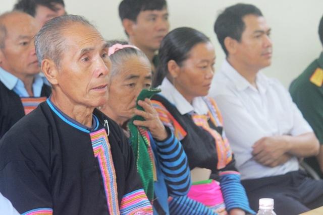 Trao bằng Tổ quốc ghi công tới gia đình liệt sĩ Thao Văn Súa - 6