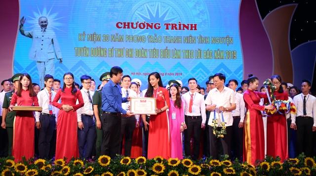 Hà Nội: 129 thanh niên ưu tú dự Liên hoan Bí thư chi đoàn tiên tiến làm theo lời Bác - 8