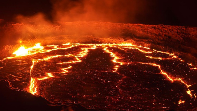 Phát hiện nhiều núi lửa có từ thời kỳ khủng long bị chôn vùi - 1
