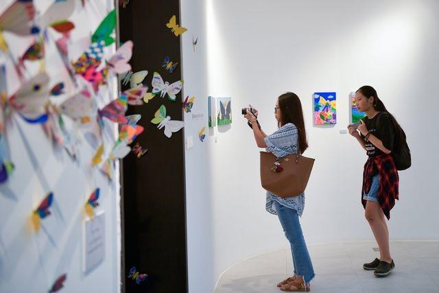 Tác phẩm mỹ thuật khổng lồ với 1300 cánh bướm giấy xuất hiện ở Hà Nội - 8
