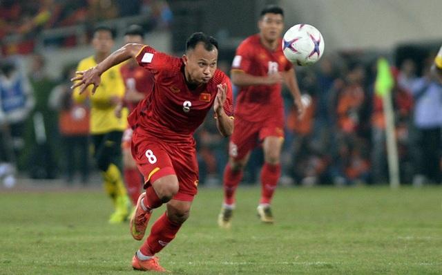 Văn Hậu, Trọng Hoàng được gọi lên đội tuyển Việt Nam:  Lo nhiều hơn vui - 1