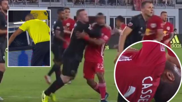 Wayne Rooney lĩnh hậu quả nặng nề vì thúc cùi chỏ đối thủ - 1