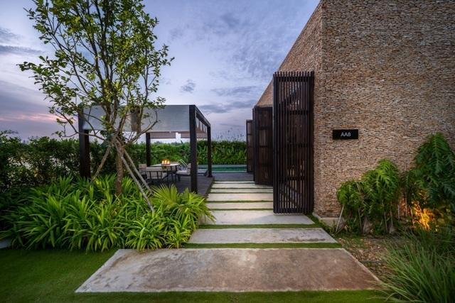 Khan hiếm nguồn cung mới, các dự án nghỉ dưỡng hiện có tại Đà Nẵng thu hút nhà đầu tư - 4