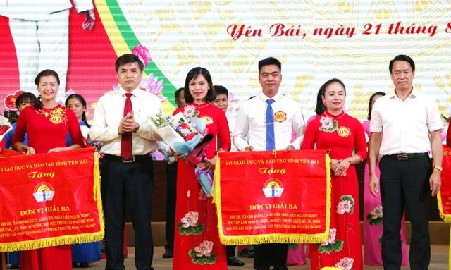 Hơn 13.900 giáo viên thi đua học tập làm theo lời Bác - 3