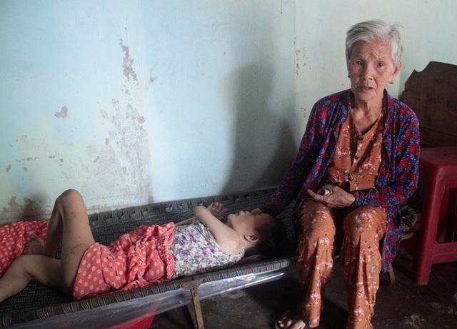 Bạn đọc giúp đỡ vợ chồng già 40 năm nuôi con nhiễm chất độc da cam - 2
