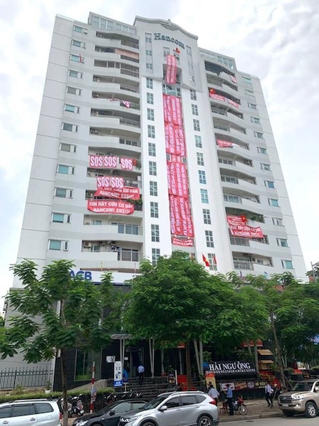 Hà Nội: Hỗn loạn liên tiếp xảy ra tại toà nhà Hancom, cư dân gửi đơn kêu cứu - 1
