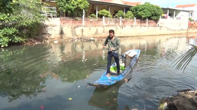 Chuyện người vác tù và hàng tổng, dọn rác làm sạch môi trường làng biển - 5