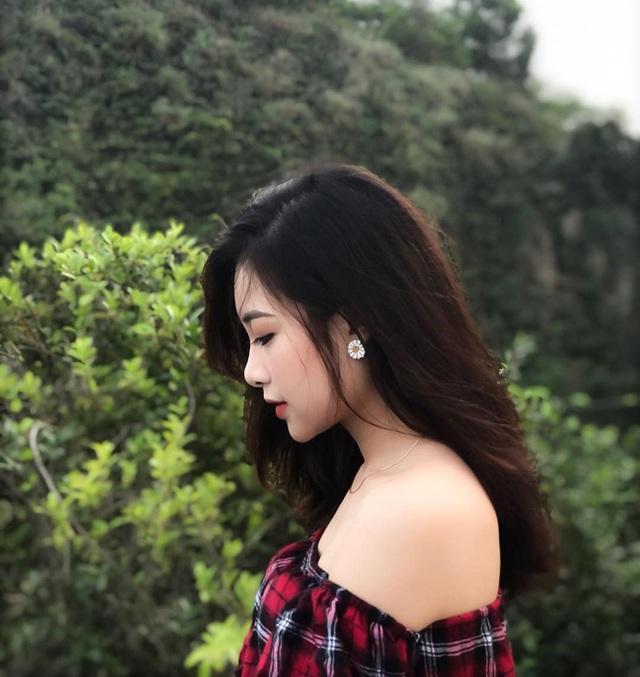 Cô giáo mầm non xinh đẹp bị đồn yêu Phan Văn Đức là ai? - 20