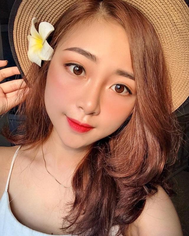 Cô giáo mầm non xinh đẹp bị đồn yêu Phan Văn Đức là ai? - 9