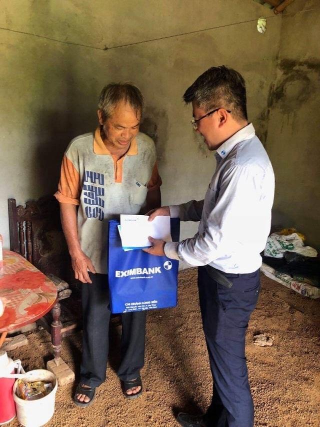 Eximbank thăm hỏi và tri ân mẹ Việt Nam anh hùng, gia đình liệt sỹ tỉnh Hòa Bình - 3