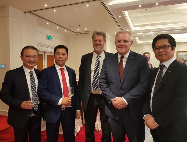 Thủ tướng Australia và phu nhân gặp gỡ các doanh nghiệp hàng đầu Việt Nam - 1