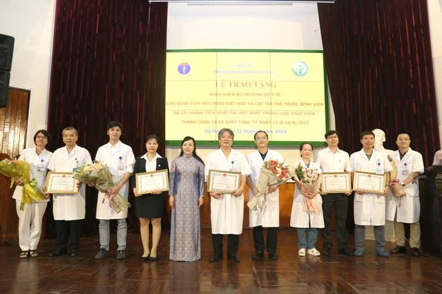 15 ca ghép tạng trong một tuần, Bệnh viện Việt Đức được thưởng nóng - 2