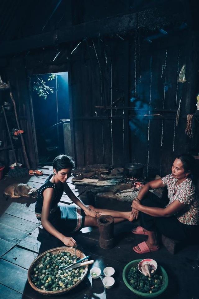 Bị cho là thêu dệt gia cảnh nghèo khó, Hoa hậu HHen Niê bức xúc lên tiếng? - 2
