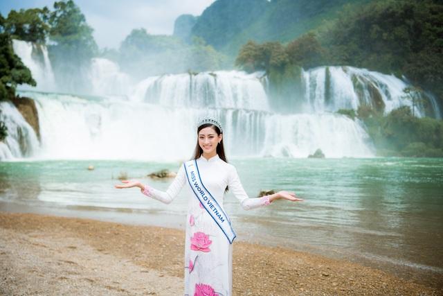 Hoa hậu Lương Thuỳ Linh thả dáng giữa chốn bồng lai tiên cảnh của Cao Bằng - 6