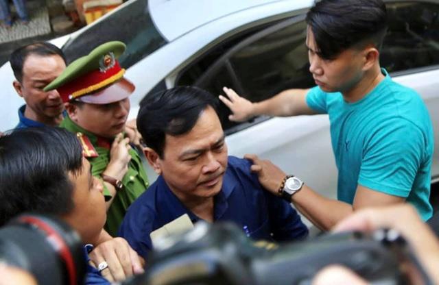 Bị cáo Nguyễn Hữu Linh lĩnh 18 tháng tù - 6